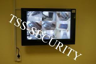 Установка  видеонаблюдения в офисе. Монитор охранного видеонаблюдения.