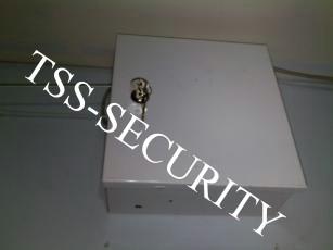 Монтаж охранной синализации в офисе. Основной блок охранной сигнализации.