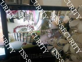 Видеонаблюдение в магазине. Монитор в кабинете администрации.