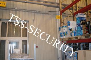 Установка видеонаблюдения на складе. Контроль за перемещением товаров и сотрудников.