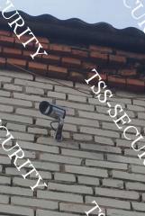 Видеонаблюдение в ремзоне. Камера на улице.